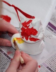 A painting her decoration.